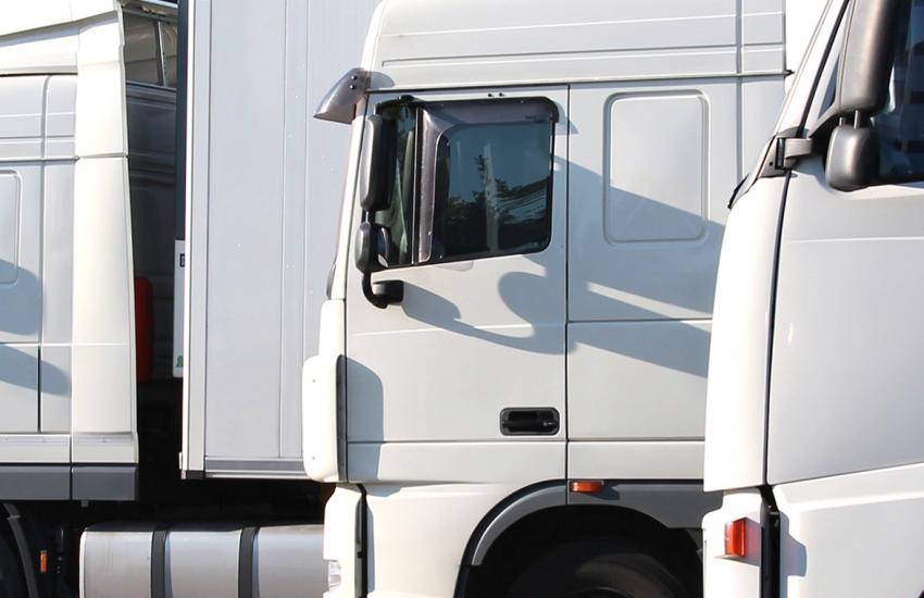 kmotr transport banner operator licence